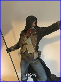 ASSASSINS CREED UNITY Arno Limited Edition Statue Figure Excellent Condition