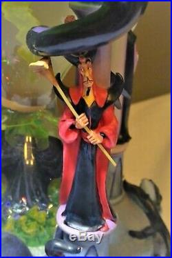 Disney Villains Hourglass Snow Globe 2001 Limited Edition. Excellent Condition