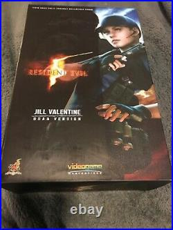 Hot Toys Jill Valentine (BSAA version) resident evil 5 (Excellent Condition)