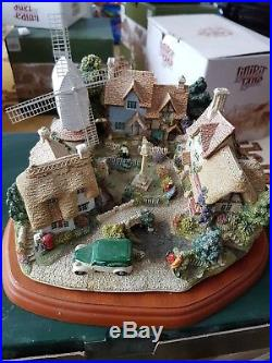 Lilliput Lane, The Village Green Limited Edition 0438, Excellent Condition