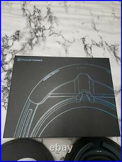 Microsoft Hololens 1 Development Edition Excellent Shape Used Less then 5 Hours