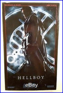 Sideshow Collectables Hellboy 1st Edition figure 1/6 Excellent condition