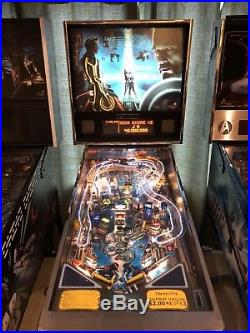 Tron Legacy Limited Edition Stern Pinball Machine Excellent condition