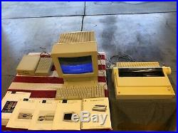 Vintage Apple IIGS Computer - Woz Limited Edition, excellent condition