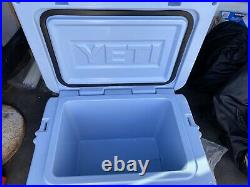 YETI Roadie 20 Cooler Rare Excellent Condition Ice Blue Limited Edition Nice